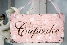 cupcakes/muffins / by Sylvia