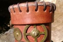 Leather dice cups / Perfect gift or place to keep your QW dice :) Real leather and various designs!