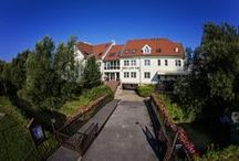 HOTEL LAJTA PARK FROM OUTSIDE / Hotel Lajta Park**** is in the heart of Mosonmagyaróvár, 10 km from the Austrian and Slovakian border to Hungary. Our guests can enjoy any of our 9 rooms, 12 apartements and 4 suits. All air-conditioned. www.hotellajtapark.hu