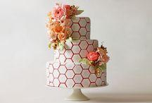 {beautiful cakes} / Beautiful wedding cakes  / by de la Barra photography