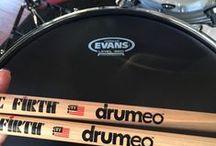 Drumming / Drumming