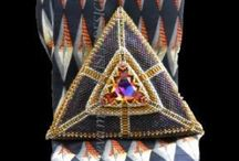 Peyote triangle