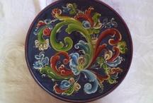 Rosemaling, Hindeloopen and Traditional Painting
