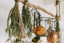Crafting Home / DIY home decorating - Because making things yourself is more fun and lasting.