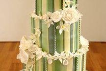 the wedding...cakes!