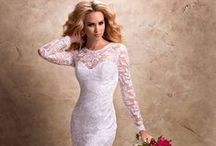 Wedding Gowns I Love / Wedding Gowns - Wedding Dresses - Bridal Gowns - Bridal Dresses / by Auntie Starla