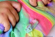 Art & Games: Toddlers & Preschool / Arts, crafts, and games ideas for children ages 2-4.
