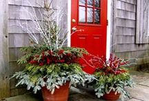 Christmas Container Gardens and Topiaries / some of our favorite Christmas container gardens and topiaries