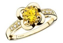 Hello Yellow / Yellow canary diamonds belong to the special family of natural fancy color diamonds. Citrine is a variety of quartz. The word 'citrine' comes from the Latin 'citrus', meaning 'citron tree', in reference to its colour.  Discover Mauboussin's yellow-gemstone jewels.