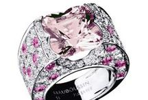 Pink Touch / Pink sapphires, pink quartz or morganite... Add a pink touch to enliven your life with Mauboussin daunty jewels.