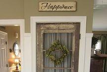 door decor / use an old door is so many cool ways