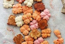 CREATIVE FALL FOOD / Food I want to make when the cool breeze blows in...  / by Rachel @ Sprinkle Some Fun