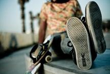 British Knights / British Knights schoenen, kinderschoenen en sneakers zijn voor de streetwise kids, gedreven door muziek en de invloed van de grote steden rond de wereld. De huidige cutting edge merk schoenen collecties zijn geïnspireerd op de grote succes van British Knights schoenen in de wereld, en de nieuwste trends op het gebied van extreme sports en lifestyle. Wij hebben een uitbereid assortiment, meisjesschoenen, jongensschoenen, damesschoenen en sneakers van British Knights
