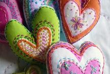 Corações! / todo tipo de coração! / by Nanci Custodio Cristoni