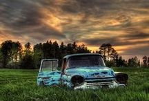 Old Cars / by Christa Lubbe