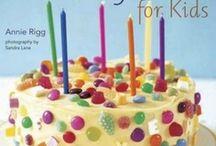 Cake Decorating / by Rebecca Semke