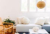living:room / Wohnzimmer, EInrichtung, Wohlfühlen, sofas, kissen, wärme, #glasschuhloves