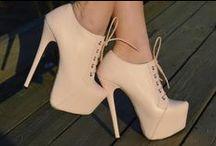 High heels ♥ / I ♡ heels :)