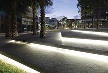 Iluminação: incorporada piso e degraus