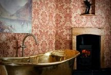 Beautiful bathroom inspiration / We'd love to relax and unwind in these lovely hotel, B&B and guesthouse bathrooms.