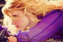 Taylor swift ❤️❤️ / by Caitlin Pollard