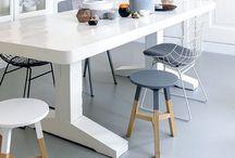 MEUBELS / Tafels, stoelen, kasten, hout, metaal, ijzer, stoer, wit, krijtverf, tv meubel, diy meubel