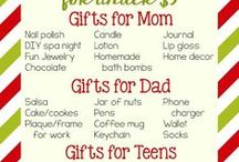 Cheap Stocking Stuffer Ideas / Inexpensive Stocking Stuffers - Cute small gifts for the Christmas stockings