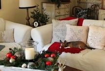 Christmas Decorating Ideas / Need some decorating ideas for Christmas? Check out our tips and tricks!