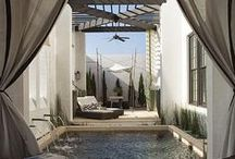 Luxurious Living / Best interior design and home décor ideas for luxury homes.