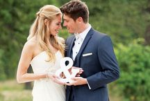 Weddings: Photo Inspiration / Here are some great poses for wedding and engagement photos!
