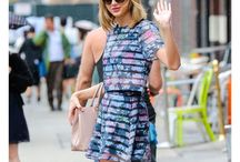 Lady Swift / The most ladylike girl in the planet. She's always perfect. Actually, we all know nobody leaves a building like Taylor Swift.