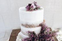 Bohemian Wedding Cakes / Boho wedding cake inspiration ideas.