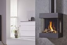 Contemporary Gas Fires / With dominant features like the contemporary flame effect, these Gas fires fashion a single ribbon of modulating flames bopping over a bed of small white stones. There are additional options for a polished black granite interior in addition to the stainless front plate. Banyo is a trusted retailer supplying all the amazing Gas Fires in amazingly affordable prices, with manufacturer's guarantees and fastest delivery services for the UK residents.