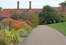 Scenes from our dream gardens / Beautiful views from some of the best gardens