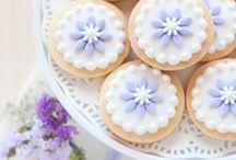 Sweet and & / Cupcakes, sugar cookies...