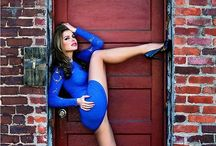 The Woman In Blue / Donne In Blue