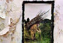 Led Zeppelin Discography /  Led Zeppelin furono un gruppo musicale britannico nato nel 1968, considerato tra i grandi innovatori del rock e tra i principali pionieri dell'hard rock. Wikipedia Cantante: Robert Plant  Membri: Jimmy Page, Robert Plant, John Bonham, John Paul Jones Premi: Grammy Award al miglior album rock, altri Città di provenienza: Londra, Regno Unito, Birmingham, Regno Unito