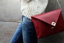 Bags and clutch'es / by Ambra Dodaj