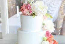 Offbeat Wedding Cakes