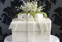 Cakes & Cupcakes / by Kierstyn Imlay