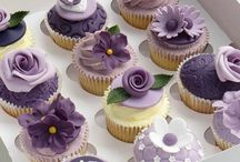 Cupcakes & Mini Cakes & More / by Magnolia