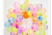 Deko Ideen mit Luftballons / Luftballons in allen Farben und Mustern! Tolle Ideen mit Luftballons. Ob Riesenballons, Konfettiballons, Folienballons ... Eine Party ohne bunte Luftballons? Unvorstellbar :) // DIY Ideen, Party Deko, Party Geburtstag, Luftballons, Party Ideen, Deko Ideen, DIY Deko, Ballons