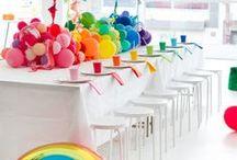DIY Regenbogen-Party Ideen / Ideen für eine Kunst und Regenbogen Party. Spiele, Basteln und Essen - alles rund ums Motto Malen und Regenbogen. Regenbogen Bilder, Regenbogen basteln, Spruch Regenbogen, Wolke, Himmel, malen, Deko, Regenbogen Kuchen, Geburtstag Regenbogen