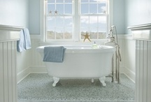 Bathrooms/Shower & wet rooms / by Tammy Cox