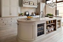 Kitchens / by Tammy Cox