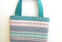 les sacs de la sauterelle ébouriffée --- bags / Des sacs pour les filles et des sacs pour les artistes - Bags for girls and bags for artists http://facebook.com/la.sauterelle.ebouriffee Shops : http://fr.dawanda.com/shop/la-sauterelle-ebouriffee - http://la-sauterelle-ebouriffee.alittlemarket.com
