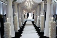 Aisles inspirations / http://www.totalwedding.nl/bruidsboog/