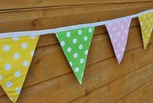 Garden decor / I now have a deck that needs sprucing up - these are some garden idea to do that