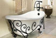 Wohnen: Wellness im Bad / Im Bad verwöhnen Düfte, flauschige Textilien und natürliche Materialien die Sinne. Hier lässt es sich herrlich entspannen!