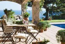 Garten: Sommerliches Wohnzimmer / Wir zelebrieren die schönste Jahreszeit an unserem Lieblingsort